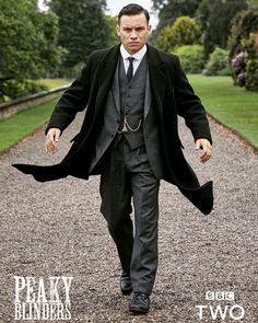 Michael from Peaky Blinders Peaky Blinders Costume, Shelby Brothers, Peaky Blinders Season, Peaky Blinders Wallpaper, Finn Cole, Boardwalk Empire, Gentleman Style, Beautiful Celebrities, Wedding Suits