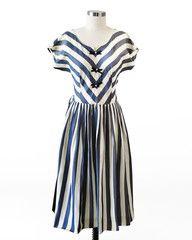 Singing Liesl Dress via http://Hello-Holiday.com <3  #vintage #dress #50s