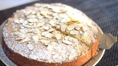 Italian Almond Ricotta Cake is the perfect Italian dessert. This recipe is full of flavor and so simple to make with ricotta cheese and almond extract. Don't miss this recipe perfected for the best Almond Ricotta Cake! Ricotta Cheese Desserts, Ricotta Dessert, Lemon Ricotta Cake, Queso Ricotta, Easy Cake Recipes, Baking Recipes, Dessert Recipes, Easter Recipes, Recipes Dinner