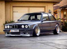 BMW E30 Coupe 325