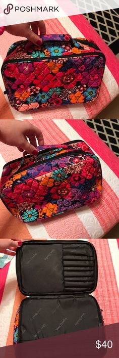 BRAND NEW NEVER USED Vera Travel bag Brand new.. just didn't fit all my stuff! Super cute print! I would really like to get most of my money back out if it. Again, its brand new! Just didn't fit everything I wanted it to! Vera Bradley Other