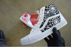 6d0c0ce6d7e These custom Vans Old Skool High-Tops have two portraits featured on each  side.