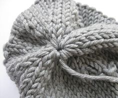 knit pattern for a hat and a scarf / dawanda