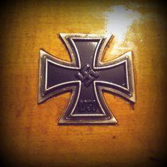 Ijzer & Hout World War, Symbols, Letters, Crosses, Letter, Lettering, Glyphs, Calligraphy, Icons