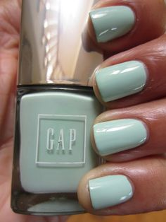 gap's 'mint' nails.