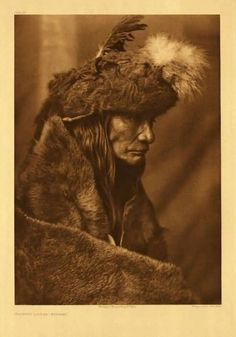 Pinokiminush or Tearing Lodge Piegan by Edward S. Curtis - The buffalo-skin cap is a part of his war costume, and was made and worn at the command of a spirit in a vision. Native American Beauty, Native American Photos, Native American Tribes, Native American History, American Indians, Ansel Adams, Art Indien, Rose Croix, Ellen Von Unwerth
