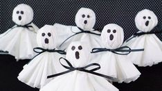 These coffee filter ghost lollipops are a cute and easy twist on classic kleenex. These coffee filter ghost lollipops are a cute and easy twist on classic kleenex tissue ghosts. A nostalgic and fun Dulceros Halloween, Fun Halloween Treats, Easy Halloween Crafts, Diy Halloween Decorations, Spirit Halloween, Halloween Activities, Activities To Do, Newspaper Crafts, Cork Crafts
