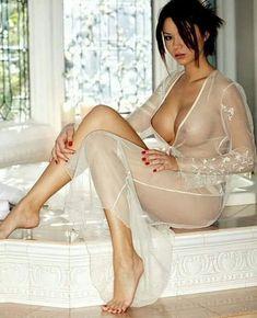 Naked girl turn gif