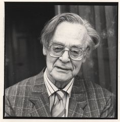 Rolf Jacobsen Modernist Writers, Kiss Kiss Bang Bang, Bangs, Den, Poetry, Portraits, Fringes, Head Shots, Poetry Books