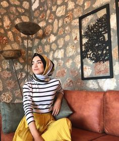 65 Ideas for style hijab outfit abayas Modest Fashion, Hijab Fashion, Trendy Fashion, Fashion Dresses, Womens Fashion, Trendy Style, Muslim Fashion, Fashion 2020, Hijab Chic