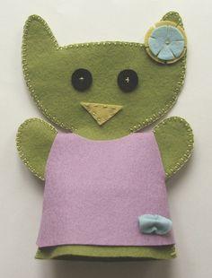 felt cat puppet Felt Cat, Felt Decorations, Diy Toys, Puppets, Coin Purse, Accessories, Products, Doll, Hand Puppets