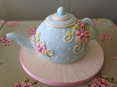 Buy Teapot Novelty Cake Class from Tracey& Cakes Teapot Cake, Novelty Cakes, Vintage Party, Tea Time, Tea Party, Cake Decorating, Special Occasion, Cooking Recipes, Decorated Cakes