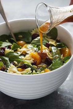 Mandarin Pasta Spinach Salad with Teriyaki Dressing - Creme De La Crumb Vegetarian Recipes, Cooking Recipes, Healthy Recipes, Cooking Tips, Healthy Salads, Healthy Eating, Healthy Lunches, Taco Salads, Cocina Light