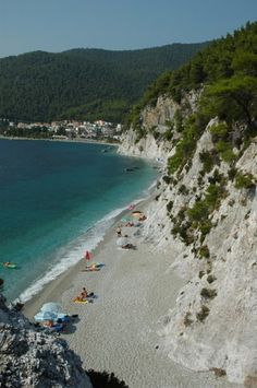 Hovolos beach in Skopelos Amazing Photos, Cool Photos, Famous Beaches, Mediterranean Sea, Greek Islands, Summer Travel, Beautiful Landscapes, Wonders Of The World, Places Ive Been