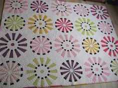 Dresden quilt by geta.grama, via Flickr - I'm officially addicted to this photostream