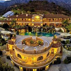 Dream Mansion, Mansions Homes, Luxury Mansions, Cool Mansions, Inside Mansions, Mega Mansions, Million Dollar Homes, Luxury Homes Dream Houses, Dream Homes