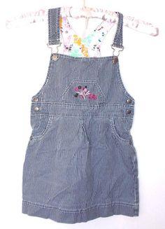 À vendre sur #vintedfrance ! http://www.vinted.fr/mode-enfants/robes/23423434-robe-petite-fille-6-ans