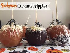 Spiderweb Caramel Apples - Lemons and Laughs Halloween Candy Apples, Cute Halloween Treats, Halloween Desserts, Easy Halloween, Halloween Parties, Halloween Crafts, Pork Recipes For Dinner, Yummy Recipes, Hallowen Party