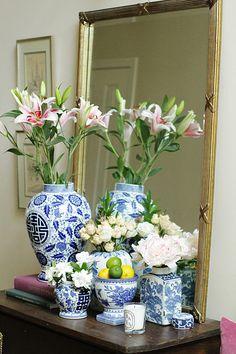 Entryway Vingnette with Ginger Jars www.charmingincharlotte.com