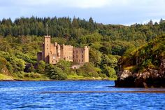 Dunvegan Castle & Gardens, Dunvegan: 1.752 Bewertungen und 1.104 Fotos von Reisenden. Dunvegan Castle & Gardens ist auf Platz 1 von 7 Dunvegan Aktvititäten bei TripAdvisor.
