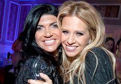 No Love: Dina Manzo Abandons Teresa Giudice For Paris In Her Final Days Before Prison... Please read more and join in at: http://allaboutthetea.com/2014/12/31/dina-manzo-abandons-teresa-giudice-for-paris-in-her-final-days-before-prison/