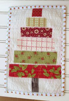 Christmas mug rug patchwork and quilted Christmas by RoJenDesigns Christmas Mug Rugs, Christmas Ideas, Christmad Tree, Sewing Ideas, Sewing Projects, Straight Line Quilting, Raw Edge Applique, Small Stuff, Candy Stripes