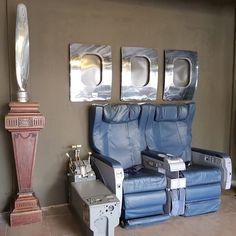 Deco Furniture, Home Decor Furniture, Car Furniture, Furniture Ideas, Aviation Theme, Aviation Art, Airplane Room Decor, Military Home Decor, Aviation Furniture