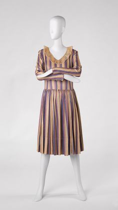 Dress Jeanne Lanvin French, 1867-1946 Dress, 1928 Printed silk 62.017.13