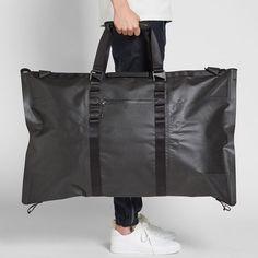 Buy Nike NSW Eugene Carry-Over Black Water Resistant 50 Liters Duffel Bag at online store Nike Duffle Bag, Duffel Bag, Backpack Bags, Tods Bag, Back Bag, Latest Bags, Stunning Women, Fabric Bags, Nylon Bag
