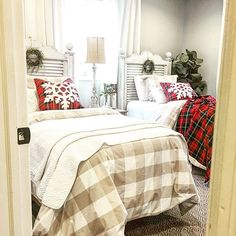 """""""At Christmas, all roads lead home."""" Marjorie Holmes . . Christmas has come to the guest room. Just light touches; nothing fancy  Wishing you a fabulous snowy day (because that's what's happening here) ❄️❄️ . . #homeforchristmas #christmastime #festivetime #plaid #guestroom #ballarddesigns #myballardstyle #farmhousestyle #farmhousechristmas #christmasdecor #buffalocheck #ballarddesignsstyle"""
