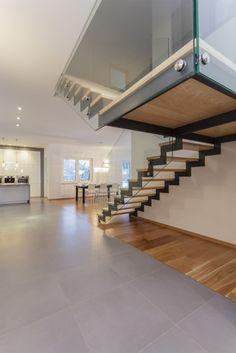 Scari moderne de interior – 8 modele ingenioase- Inspiratie in amenajarea casei - www.povesteacasei.ro