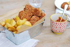 Sabores de colores | Recetas deliciosas con fotos bonitas para cualquier ocasión.: Nuggets de pollo con frutos secos a la miel, papas asadas y ketchup de curry