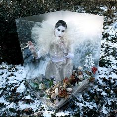 The frozen theatre (by Helen Warner (airgarten))