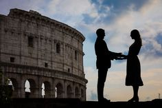 Engaged in Rome PhotoShoot. A Beautiful and Romantic Couple Photography session in Italy by the Andrea Matone Photographer Studio Proposal Photography, Couple Photography, Taking Pictures, Cool Pictures, Couple Portraits, Couple Photos, Creative Shot, Photographic Studio, Portrait Shots