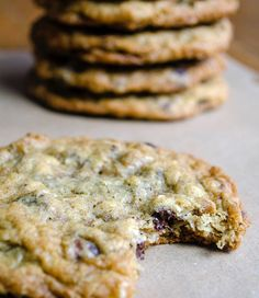 Laura Bush's Cowboy Cookies – Live Play Eat Laura Bushs Cowboy-Kekse – Live-Spiel Eat Cookie Desserts, Just Desserts, Delicious Desserts, Dessert Recipes, Yummy Food, Healthy Food, Awesome Desserts, Healthy Eating, Healthy Recipes