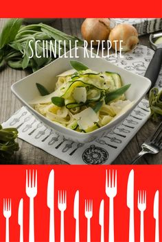 Zucchini Tagliatelle - schnell gemacht, noch schneller weg! Salat To Go, Zucchini, Low Carb, Meat, Chicken, Food, Fast Recipes, Lunch Bags, Pasta Meals