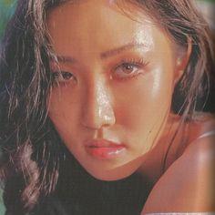 I TOLD YALL HWASA IS SEASONED ! Baekhyun, Just Girl Things, Wattpad, Mamamoo, Pretty People, Kpop Girls, Girl Group, Korean Fashion, Asian Girl
