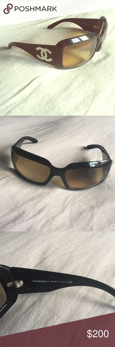 Chanel sunglasses Black frame authentic Chanel sunglasses in great condition!!! Only wore a few times .. Lenses are a brownish tone... Case not included CHANEL Accessories Sunglasses