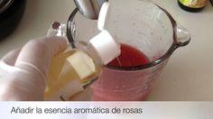 Como hacer una mascarilla hidratante de rosas y colágeno, fácil de elaborar.