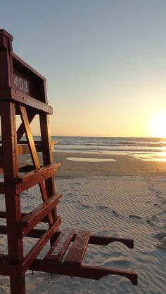 Daytona Beach, FL sunrise....I've never wanted to live somewhere so bad in my life!