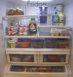 A Clean & Organized Fridge - simply organized