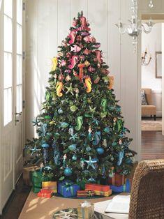 Weihnachtsbaum festlich schmücken - Spaß für die ganze Familie!