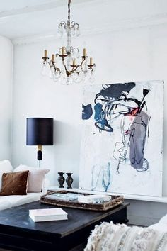 salon cosy avec un tableau contemporain Art living