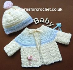 Free baby crochet pattern preemie cardi and bobble hat usa - fits chest PREEMIE baby Preemie Crochet, Crochet Bebe, Crochet For Kids, Free Crochet, Knit Crochet, Crochet Hats, Crochet Baby Sweaters, Crochet Baby Clothes, Baby Knitting