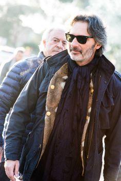 2015-02-07のファッションスナップ。着用アイテム・キーワードは40代~, Pitti Uomo(ピッティ・ウォモ)87, アイコン, サングラス, マフラー・ストール, ミリタリージャケット,M65, Marco Zambaldo, Pitti Uomo(ピッティ・ウォモ)etc. 理想の着こなし・コーディネートがきっとここに。| No:88516 Fast Fashion, Mens Fashion, Fashion Fall, American Casual, Sustainable Clothing, Sustainable Fashion, Awesome Beards, Pitta, Formal Looks