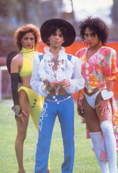 Prince poses with Sheila E. and Cat during his Lovesexy Tour at Stadion Feijenoord in Rotterdam Sheila E, Prince Rogers Nelson, Mavis Staples, Mayte Garcia, Paisley Park, Minneapolis, Beautiful One, Beautiful People, Beautiful Stories