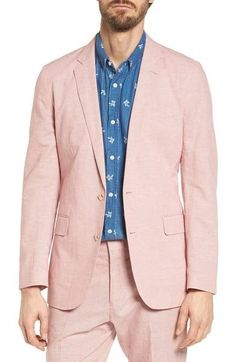 A soft-structured micro-houndstooth sport coat is an essential piece of any wardrobe, and this unlined cotton-and-linen blend is just right for those special occasions held on a warm day. Mature Mens Fashion, Linen Sport Coat, J Crew Ludlow, Classic Looks, Houndstooth, Cotton Linen, Suit Jacket, Nordstrom, Man Shop