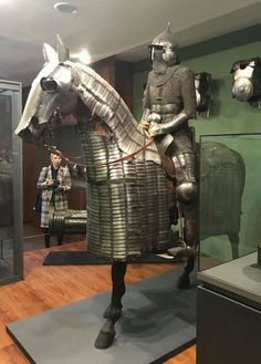 Ottoman armor, Museum if the Army, Paris. Horse Armor, Arm Armor, Oriental, Armadura Medieval, Red Vs Blue, Medieval Knight, Historical Images, Ottoman Empire, Modern Warfare