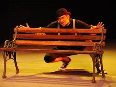 """Está é a última semana de exibição do espetáculo """"O Monstro de Olhos Verdes, dirigido por Camilo de Lélis, no Teatro de Câmara Túlio Piva."""
