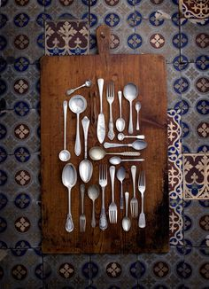 beautiful decor. Love this idea for old family spoons.